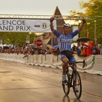 Bradley White coasts to victory at the 2013 Glencoe Grand Prix