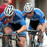 Two UnitedHealthcare riders working together