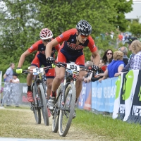Kerry Werner (front) and Russell Finsterwald give chase at the 2014 UCI Mountain Bike World Cup #4.