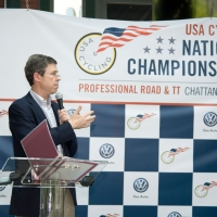 Chattanooga Mayor Andy Berke addresses the athletes