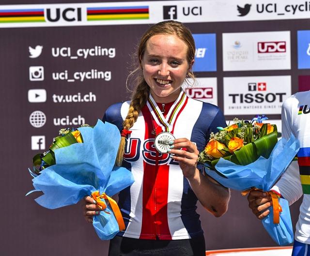 Skylar Schneider earned silver in the junior women's road race Friday.